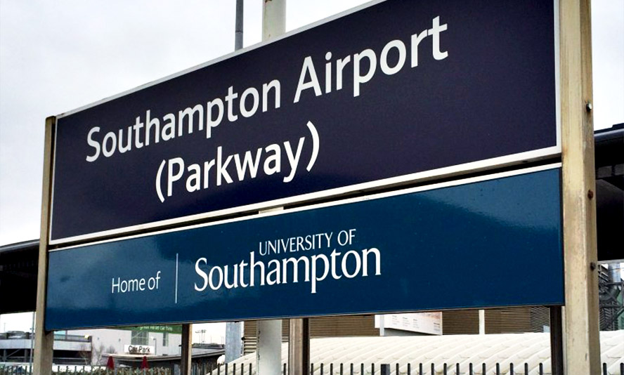 Southampton Airport Sign web